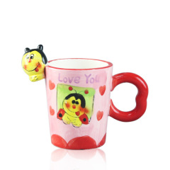 3d bee pattern ceramic Hand Painting Mugs for Valentines Gift