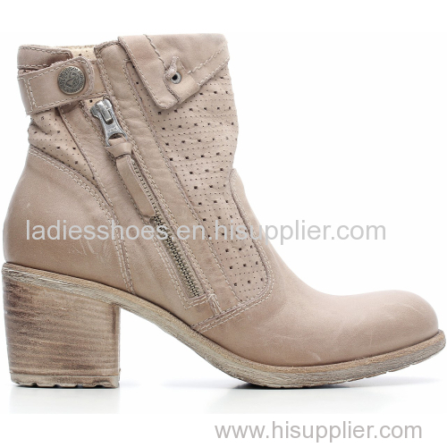 wholesale big quantity acceptable flat women boot with zipper