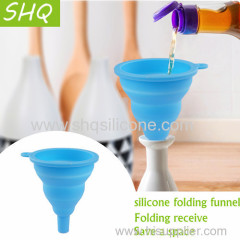 Silicone folding funnel scalable portable oil can funnel