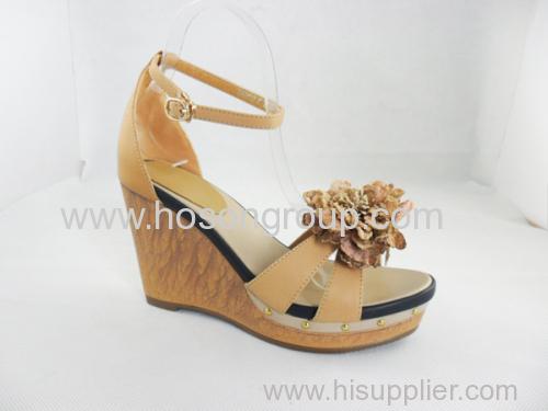 comfortable chunky heel women buckle heel with flower