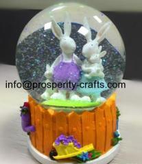 Polyresin Easter Snowglobe / Waterglobe