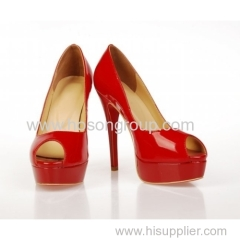 Lady patent leather high heel sandals