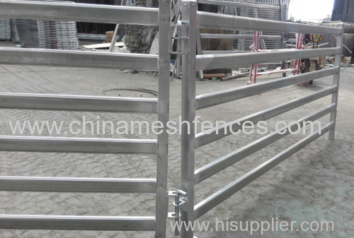 PORTABLE YARD PANEL HEAVY DUTY CATTLE GATES IN 2.1M BY 1.8M HIGH