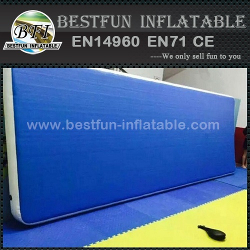 Promotional inflatable airtrick mat