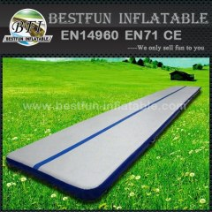Inflatable jumping bouncing mat for gym
