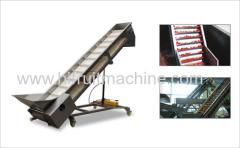 Fruit conveying inclined Scraper belt conveyor