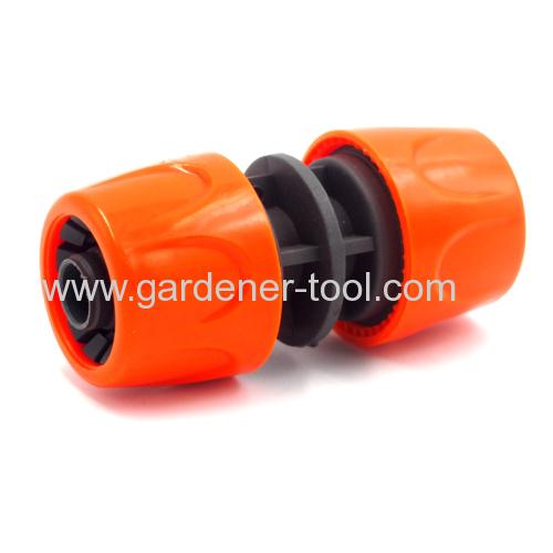 Plastic 1/2 inch garden hose mender
