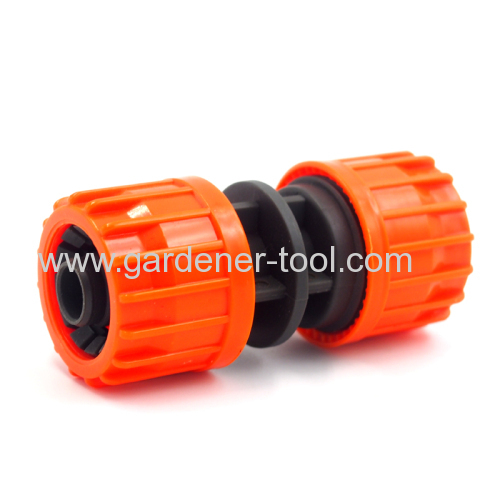 Plastic 3/4 inch Garden Water Pipe Repair Connector.
