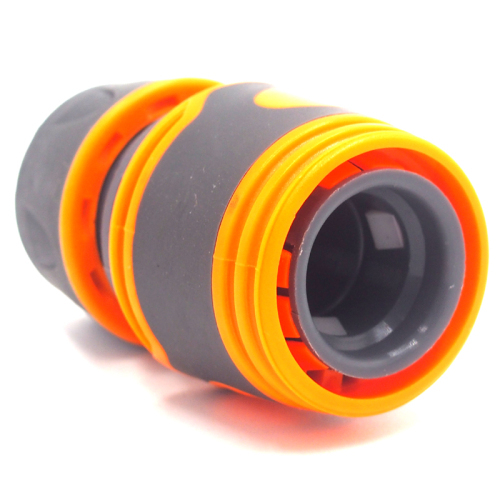 Plastic 1/2  soft garden hose connector