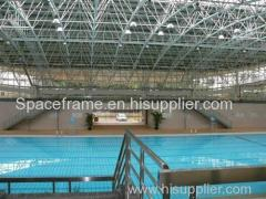 Swimming pool construction with steel space frame structure