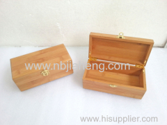 Solid wood box for packing gifts or food