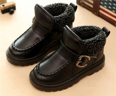 Children lambskin and PU leather buckle boots