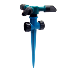 Plastic garden 3-arm automatic water spray sprinkler