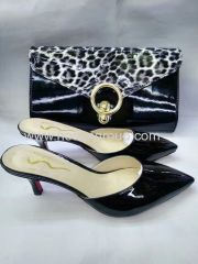 New fashion high heel laides slippers and fashion handbags