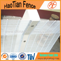 358 High Security Mesh Fencing Panels