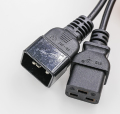 ITALY EXTENSION CORDS CABLES
