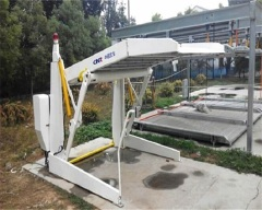 Hydraulic control car parking lifter