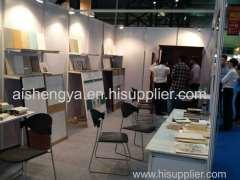 Mobili in legno di pioppo di casa ha mostrato in India il BCEC che sono state fatte da SNYA società
