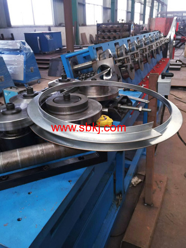 Round Flange Forming Machine HVAC Duct manufacturers and