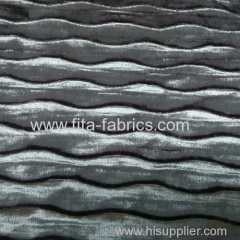 Composite fabric suitable for making sofa or pillows
