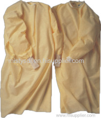 Protective products isolation gown made of PPSB latex free non irritating odorless and fiberglass free
