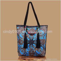 Factory Wholesale Fashion Tassel Handbag Embroidered Handbag