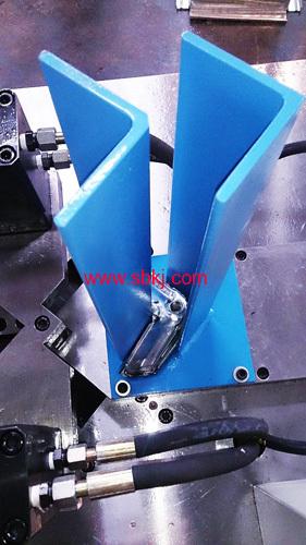 Hydraulic Corner Binding Machine