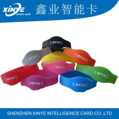 Colorful HF rfid nfc silicone bracelet wristband with serial number printing