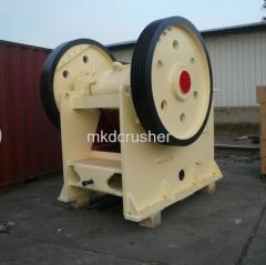 Quality Guranteed V- Chamber Jaws Stone Crusher