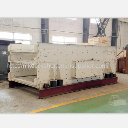 Three Shafts Horizontal Vibrating Screen