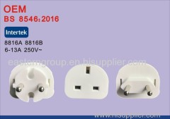 New White Universal AU US UK para EU AC Power Plug Travel Home Converter