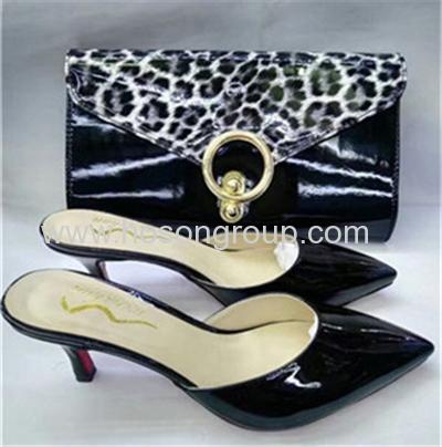 New fashion high heel laides slippers and fashion handbags