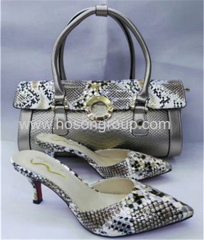 New Design high heel slipper and snake pattern bags