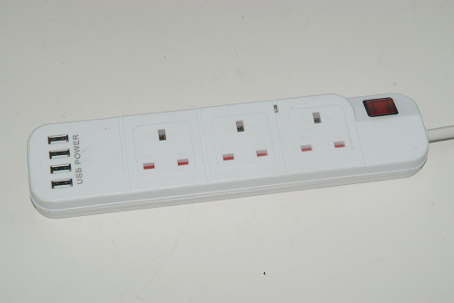 UK 3 oulet Universal electrical extension socket with 4 usb