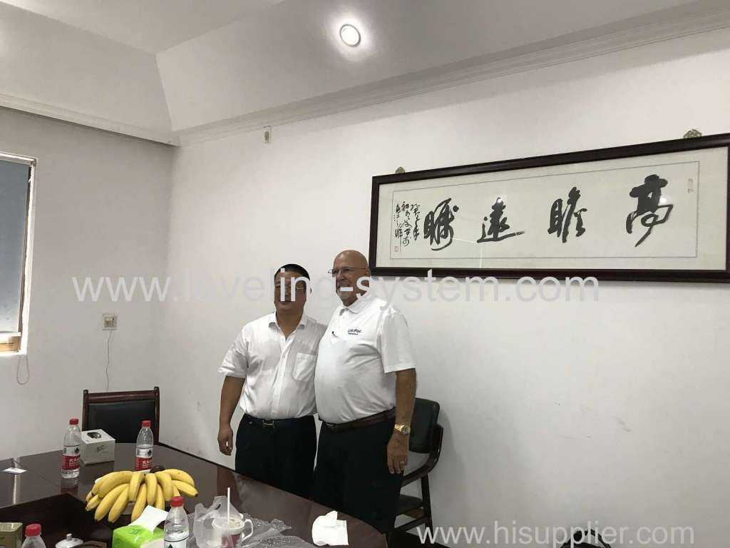 One of our  American Customers Visit Our Company