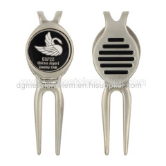 Zinc alloy golf divot existing tool