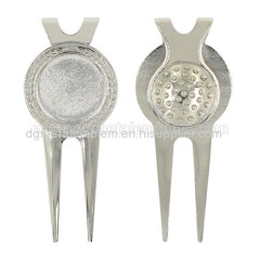 Zinc alloy golf divot tool existing mold