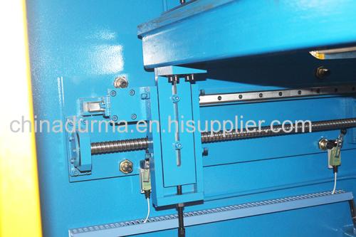 Hydraulic steel plate bending machine CNC Hydraulic iron plate and aluminum sheet Press brake