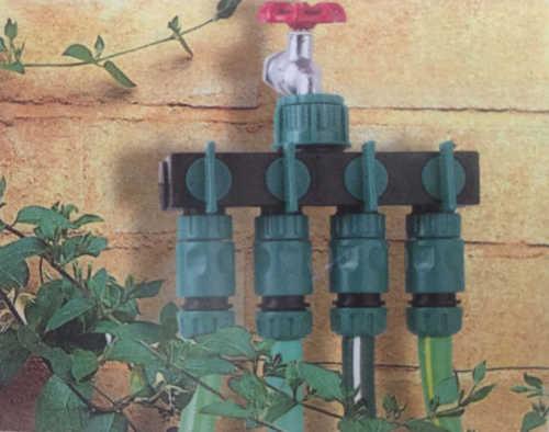 Plastic garden hose 4 way splitter