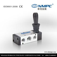 3/8 manual directional control valve