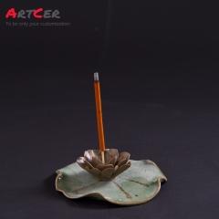 ODM & OEM Handicraft Customized Ceramic Antique Pattern Incense Burner Holder