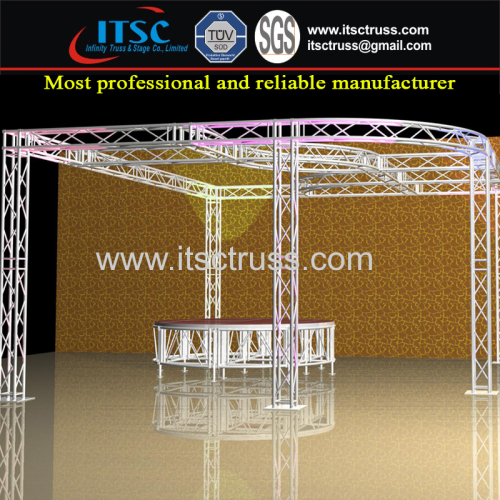 Showm Room Display Design with Lighting Truss