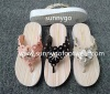 The fashion women flip-flops flat shoes for beach