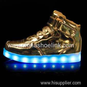 Best gold skateboard shoes with LED lights sport casual shoes manufactor