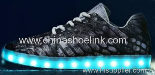 Best charcoal skateboard shoes with LED lights sport casual shoes manufactor