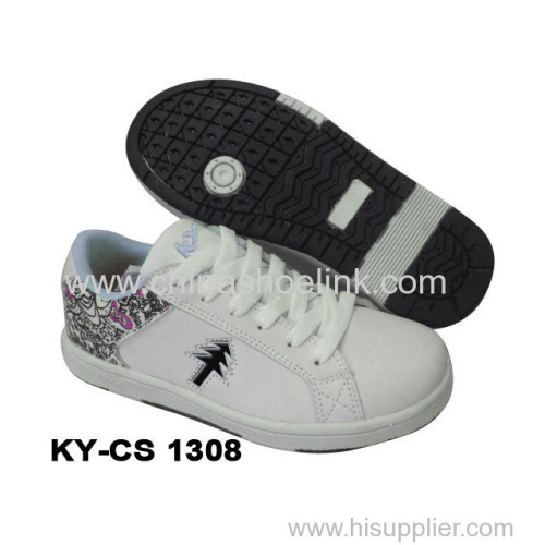Child skateboard shoes sneakers manufactor