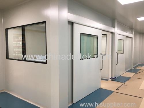 Manual sliding hermetic doors for clean rooms