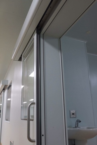 automatic hermetically sealed sliding doors for operation rooms