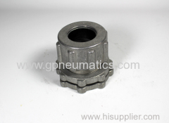 Pulse valve connect single compression bottom loading bulkhead fitting
