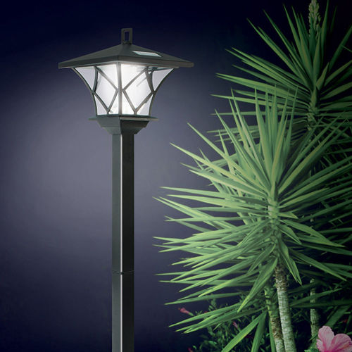 Solar Powered LED Yard Light with 5 Foot Pole for Outside